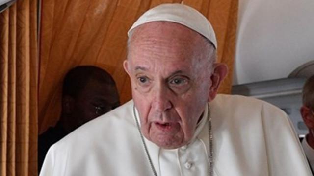 Папата се пошегувал, че някои го искат мъртъв и се готвела смяната му