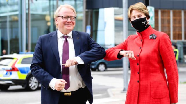 Швеция подписва с Норвегия и Дания споразумение за отбрана
