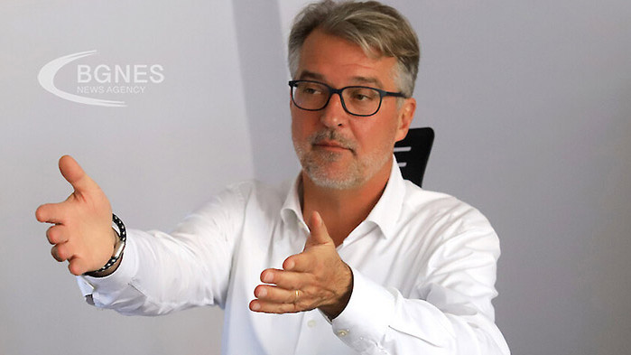 Мартин Котее: Мръсотията руши демокрацията