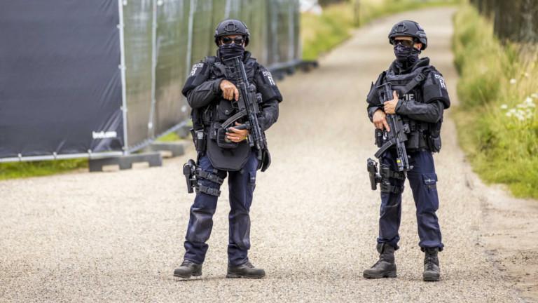 Холандската полиция задържа девет душив Айндховен, които са заподозрени вподготовка