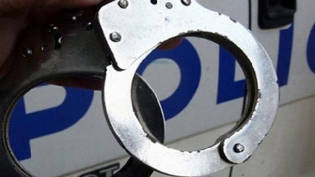 Арестуваха 56-годишен за блудство с 10-годишно момиче