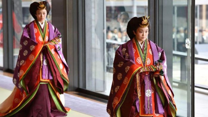 Японската принцеса се отказва от титлата си, иска брак със свой състудент