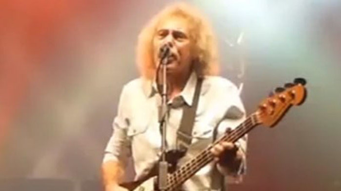 Бившият басист и един от основателите на легендарната рок група