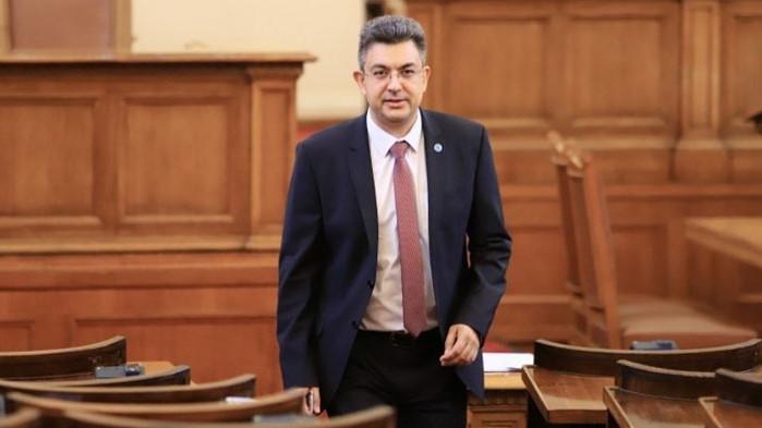 От профила във Фейсбук на Пламен Николов – бивш депутат