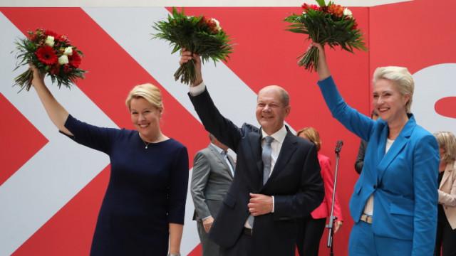 Социалдемократите преговарят за коалиция със Зелените и свободните демократи