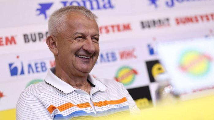 Собственикът на Локомотив (Пловдив) Христо Крушарски продължава да е оптимист