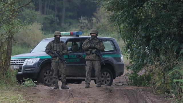 Полша удължава извънредното положение по границата с Беларус