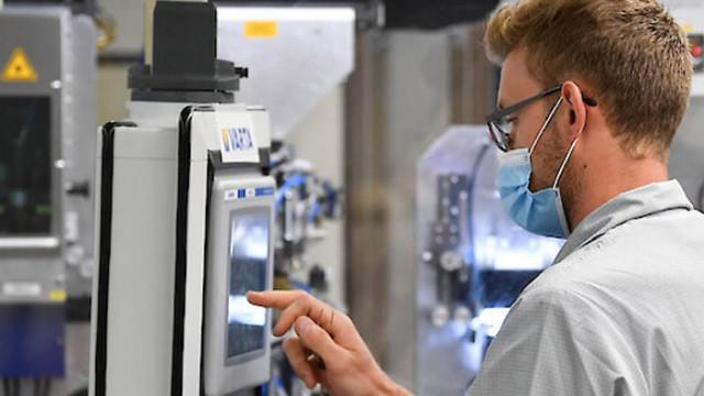 Учени създадоха батерия от ново поколение