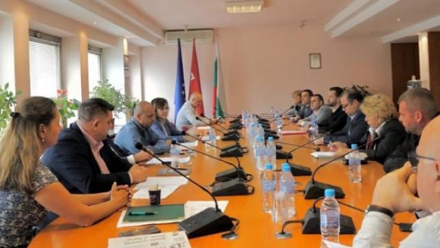 Нинова с критика към служебния кабинет на Радев: Мерките са неадекватни, ще се удължи агонията