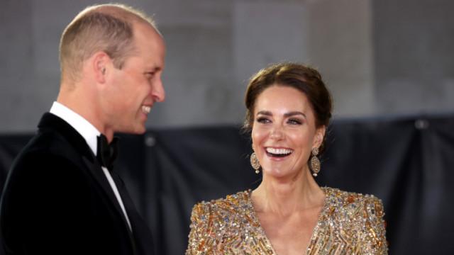 Целият блясък на Кейт Мидълтън на премиерата на новия Джеймс Бонд