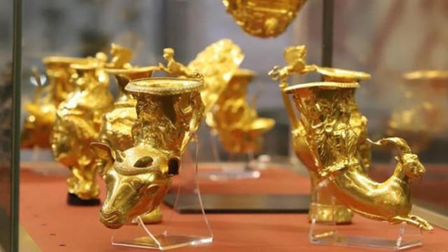 Няма задържана реплика на Панагюрското съкровище в Дубай