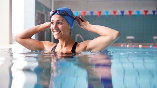 Различни стилове на плуване и колко калории изгаряме