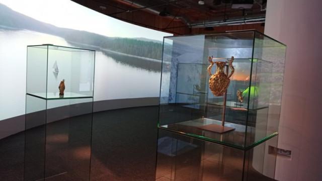 НИМ се похвали, че копието на Панагюрското съкровище вече е изложено в Дубай