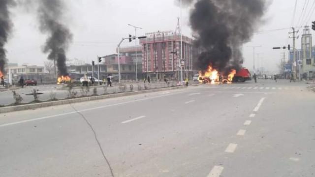 Най-малко осем загинали и 20 ранени при взрив в джамия в Кабул