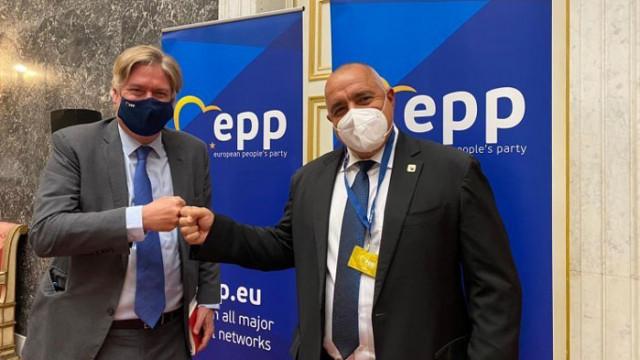 ЕНП: България заслужава да има сигурност и стабилност, която ГЕРБ може да ѝ даде
