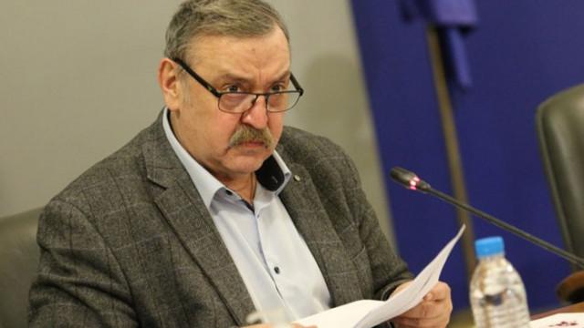 Проф. Кантарджиев: Жертвите от сегашната четвърта вълна задминаха починалите от третата