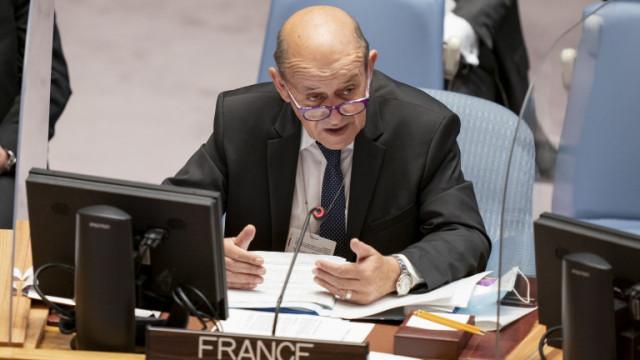 Франция връща посланика си в Австралия