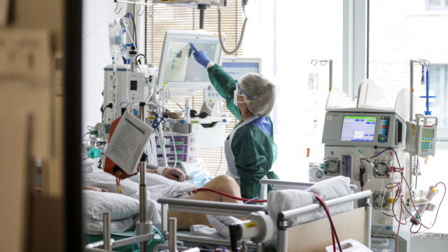 Пациентите с Делта вариант на Covid били с по-голям риск за болнично лечение