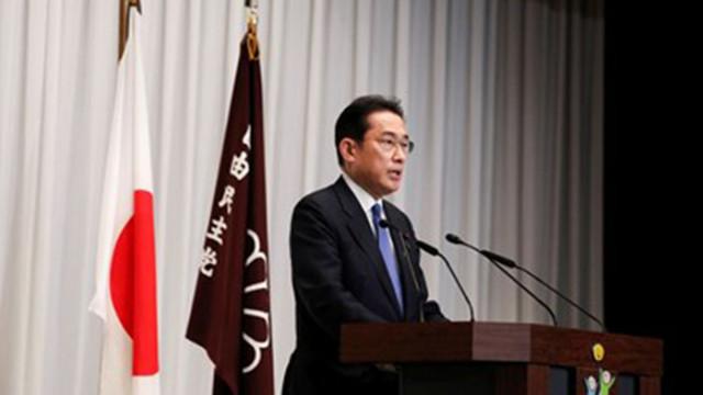 Новият премиер: Ще дам тялото и душата си да изведа Япония от ковид кризата