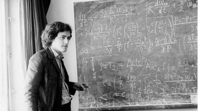"""Арестуваният за шпионаж в """"Арсенал"""" д-р Зоненко открил закон във физиката"""