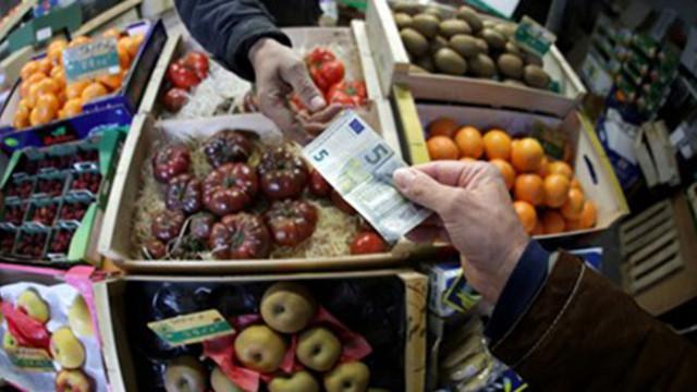 От 2022 г. картофи, краставици и ябълки без найлонови опаковки във Франция
