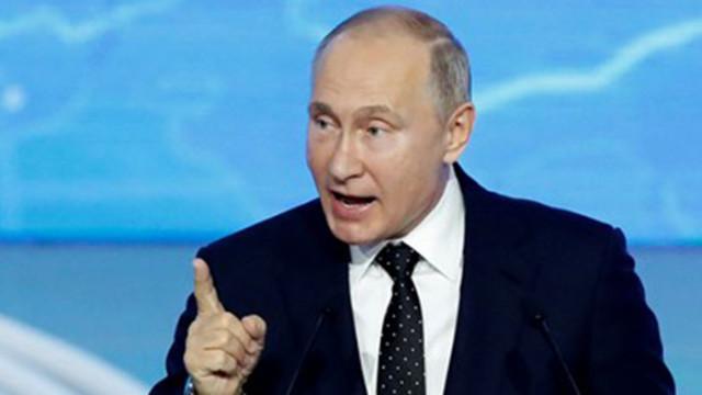 Путин към новите депутати: Борете се с бедността в страната!