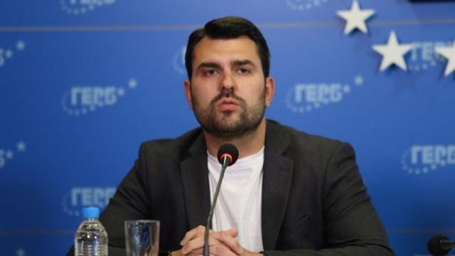 Георг Георгиев за правителството на Радев: Увеличиха приходите от заплатите на строителите