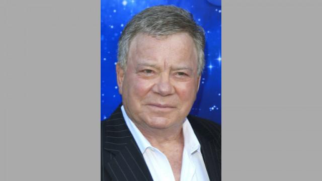"""90-годишен актьор от """"Стар Трек"""" полетя в Космоса с космическия кораб на Безос"""