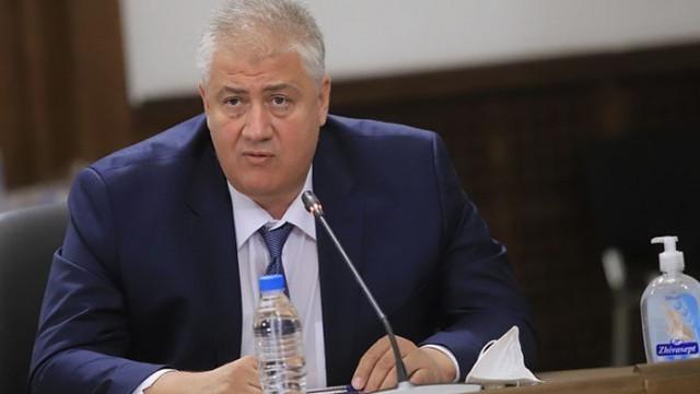 Проф. Балтов: Провалът на Стойчо Кацаров в борбата със заразата е очевиден