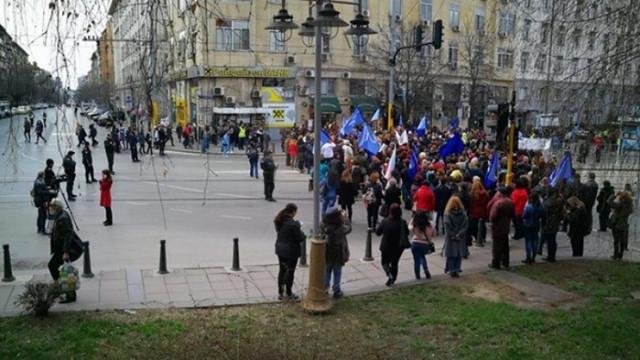 Спешни медици от цялата страна излизат на протест в сряда
