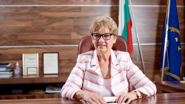 МРРБ работи упорито по изграждането на транспортен коридор № 8, увери Комитова
