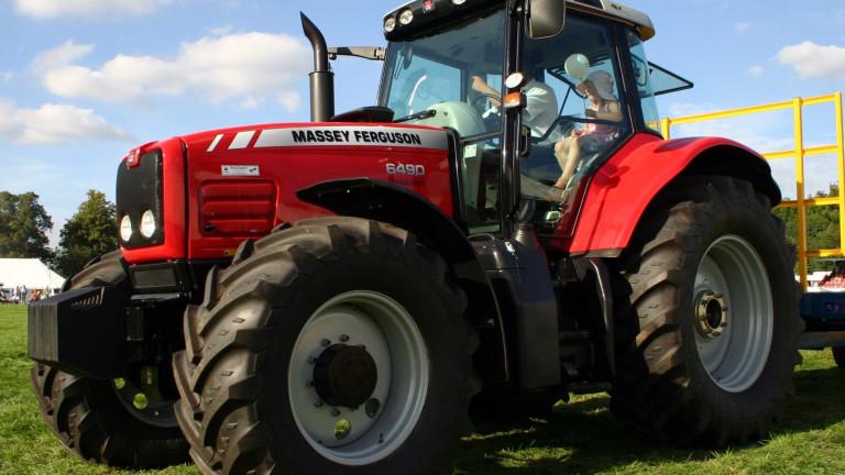 Търговците на селскостопанска техника тази година очевидно добре се справят