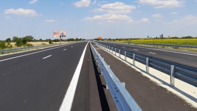 """Бившият шеф на """"Автомагистрали"""" опровергава Комитова за ремонта на АМ """"Тракия"""""""