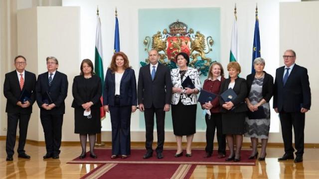 Проф. д-р Виолета Йотова бе удостоена с Почетен знак на държавния глава
