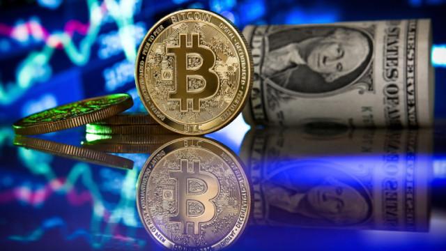Нов исторически връх за Bitcoin: криптовалутата достигна $66 000