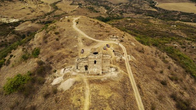 Археолози разбулват тайните на крепостта Букелон