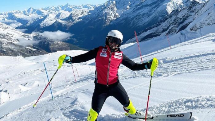 Българският състезател в ски алпийските дисциплини Алберт Попов сподели очакванията