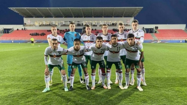 Юношите продължават напред за Евро 2022