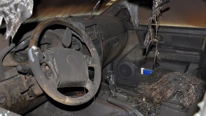 Извършител на палеж на кола е задържан във Варна