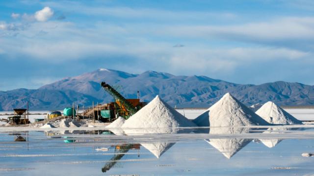 Обществено недоволство заради литиевите мини в Сърбия