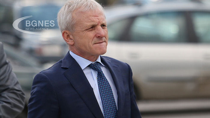 Българският футболен съюз е изнудвал ЦСКА да подкрепя президента на