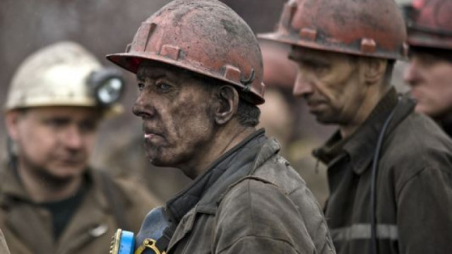 """Над 100 миньори от """"Оброчище"""" може да не получат забавените си заплати"""