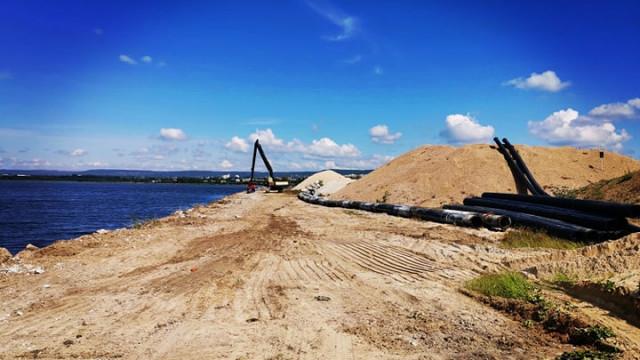 Започна полагане на тръбопровода във Варненското езеро