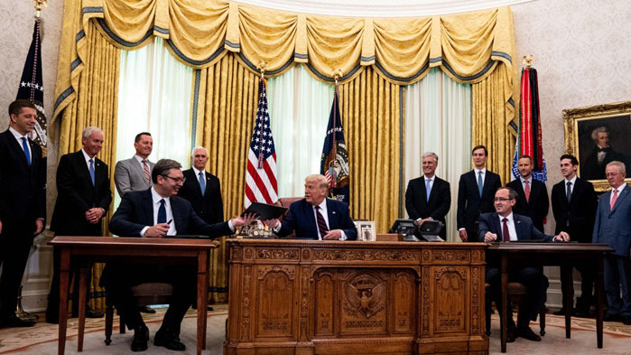 Какво пише в споразуменията, подписани от Косово и Сърбия във Вашингтон
