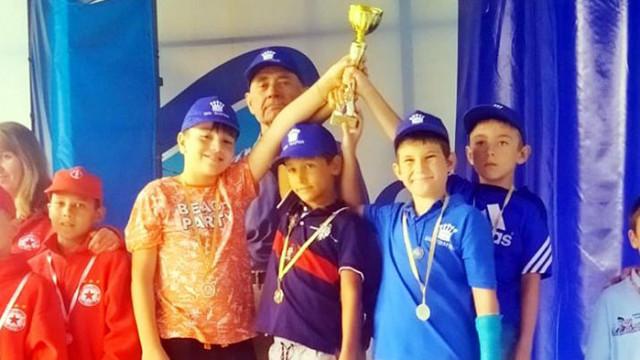 Млади шахматисти прославиха Варна на държавно първенство