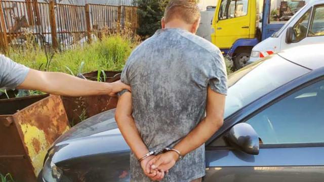 След кражба на автомобил, задържаха 54-годишен мъж от Варна