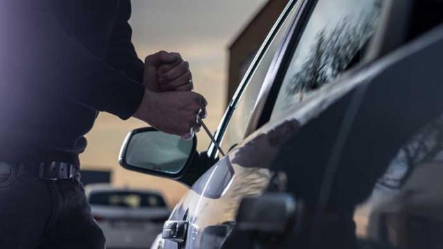 Задържаха мъж във Варна, за кражба на кола