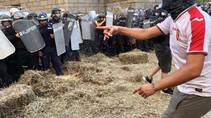 Протестите като европиар за Бойко Борисов