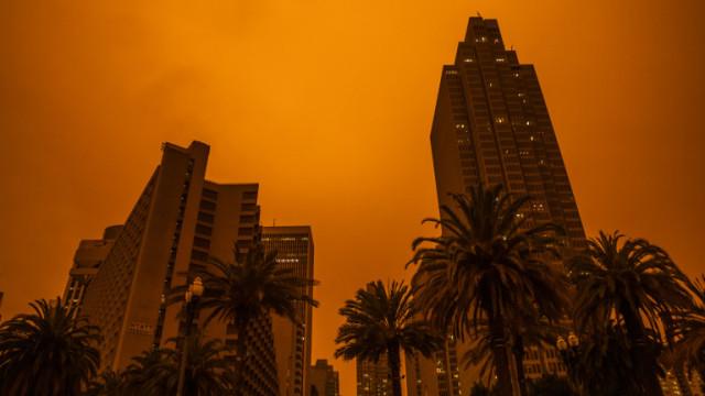 """iPhone, Samsung Galaxy Note 20 и с кои смартфони могат да снимат """"Апокалипсиса"""" в Калифорния"""