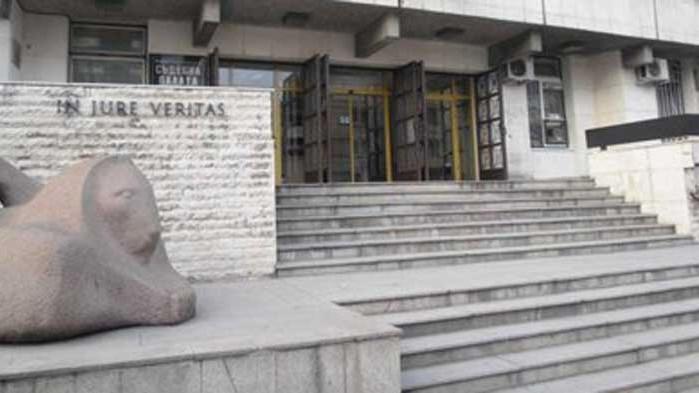 Делян, който хвърли детето си от мост в Габрово, иска снизхождение от съда